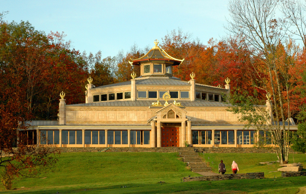 Temple With Fall Foliage ASSETiog7vv2cpwhym3